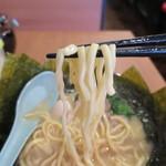 大森家 - ラーメン 並(麺固め)リフトアップ