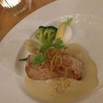 レストラン コンチネンタル - メインは魚料理。 ソテーにヴァンブランソース。