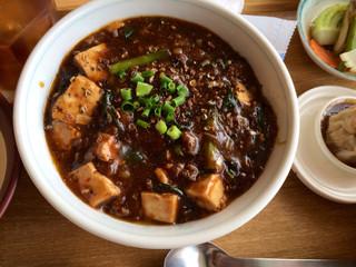 ゆるり 中華食堂 癒食同源 - 麻婆豆腐茄子