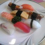 たから洲 - にぎりセットのお寿司