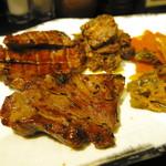 炭焼牛たん東山 - 「牛たんアラカルト定食」牛たん焼き2枚、南蛮味噌、牛たん生姜焼き