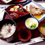 喫茶・お食事・おみやげ かもめ - 刺身定食(1500円)