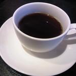 浜の牡蠣小屋 - ランチにはコーヒー一杯付