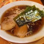 Koganeya - 京都濃い口醤油ラーメン・並 税込¥680