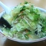 38863030 - チャンポン麺(大盛り)¥830(税込)