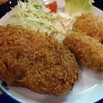 洋食工房 ジェンコ - メンチカツセット(+カニクリームコロッケ)