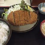 旨い家 - ランチ:メンチかつ定食  ¥620-