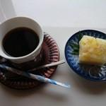 菜々キッチン ほっこり - 食後のミルク寒天とホットコーヒー
