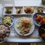 菜々キッチン ほっこり - ほっこりランチ 700円(税込み)1日20食限定