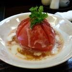 楽食家たちかわ - まるごとトマトサラダ