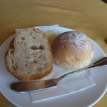 Bistro Plan de Plat - 温かなパン