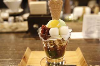 茶房 素心 - 和風パフェ(840円)
