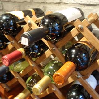 ソムリエ兼利き酒師の厳選のワイン★グラスでも数種類楽しめます