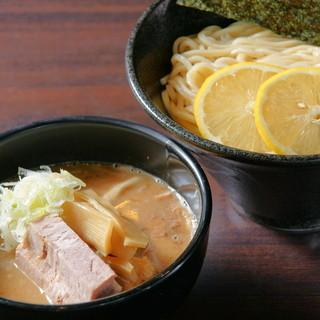 四ツ谷麺処スージーハウス - 料理写真: