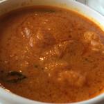 マハラジャパレスレストラン - 料理写真:フィッシュカレー  白身の魚を!やはり白身が一番使いやすいらしい