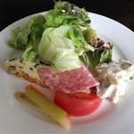 ヴァンヴィーノ - ランチのサラダ