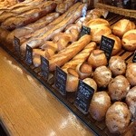 エスプリ・ド・ビゴ - ハード系のパンが充実です