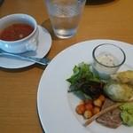 38883401 - ランチの前菜&スープ