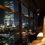 V2 TOKYO - 六本木の夜景を一望できる360°のパノラマビュー。非日常の空間。