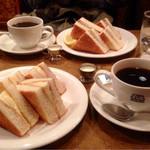 珈琲店トップ - チーズトースト ¥480 風 ¥520 (セットで100円引き)