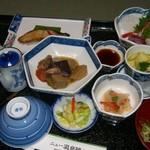 ニュー温泉閣ホテル - 夕食