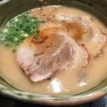 らぁめん銀波露 - 北海道とんこつ味噌 980円