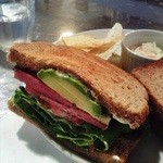 38908211 - 本日のサンドイッチ(アボカド&スパム)