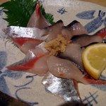 魚菜屋 海祭 - 活サバお造りです。本日のおすすめの中でも特におすすめなのがこれでした。脂の乗りがよく激旨で一押しって事だったんですよ。中々、ここまでの極上品は食べれないですね。