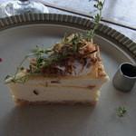 CAFE ARTISTA - シュガーココナッツ、カラメルチーズケーキ(630円)