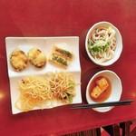 豆乃畑 - ナス天、厚揚げの味噌焼き、キノコパスタ、上海焼きそば、冷やしうどん、揚げ出し豆腐。