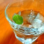 土蔵カフェ - 水です。