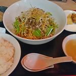 38916171 - 汁なし担々麺定食