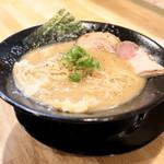 福島壱麺 - 豚骨の鈴木 (700円) '15 5月中旬