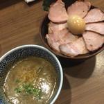 38920320 - 煮干しつけ麺 ローストポークチャーシュー