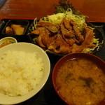 上州屋 - トントロ焼肉定食(飯300g、1,100円)