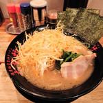 濃厚豚骨醤油ラーメン 太龍軒 - ネギラーメン