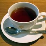 蜜家珈琲店 - ミニシーザーサラダ+ドリンクのセット≪ランチセットで+\200≫(ドリンクは紅茶をチョイス、2015年4月)