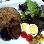 グリシェンカフェ - ウイグル料理、ポロ&キーマカワプ