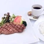 レストランREGINA - ランチメニュー:「ステーキランチ」