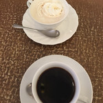 I・Cメイツ - 昔ながらの喫茶店。  ホットコーヒー&ウインナーコーヒー  美味しい。