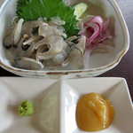 甲佐町やな場 - 他にコース料理に付いていない大好物の背ごしと【限定】鮎寿司を追加注文しました。                             これで、鮎料理は全て制覇です♪