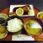 清久仁 - 焼魚定食