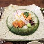 一二三庵 - 淡路の鯛、閖上の赤貝、北海道のしま海老のおぼろ昆布巻き