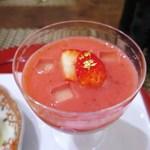 一二三庵 - 豆乳の寄せもの、苺のすり流し