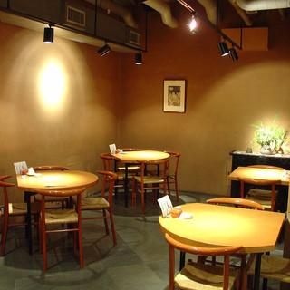 大衆蕎麦屋とは一味違う空間でお食事を