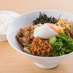 日本平パーキングエリア(上り線)フードコート - 料理写真:台湾まぜそば 880円