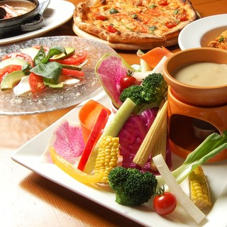 ◆女性に人気のお料理も多数ご用意しております♪