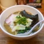 38946876 - 濃厚鶏白湯ラーメン魚介(煮干)770円♪