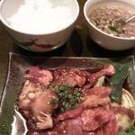 38947032 - 牛國ランチ焼きコース1,000円(前菜、サラダ、焼肉盛り合わせ、ご飯、スープ、デザート、コーヒー)