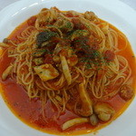 グラン・クロス - 鶏肉のカチャトラ風スパゲッティ